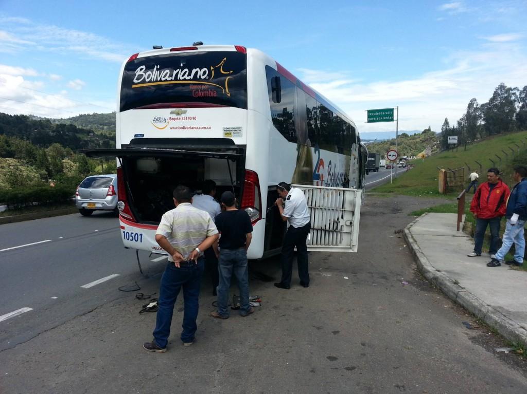 10 Minuten unterwegs und schon die erste Buspanne...