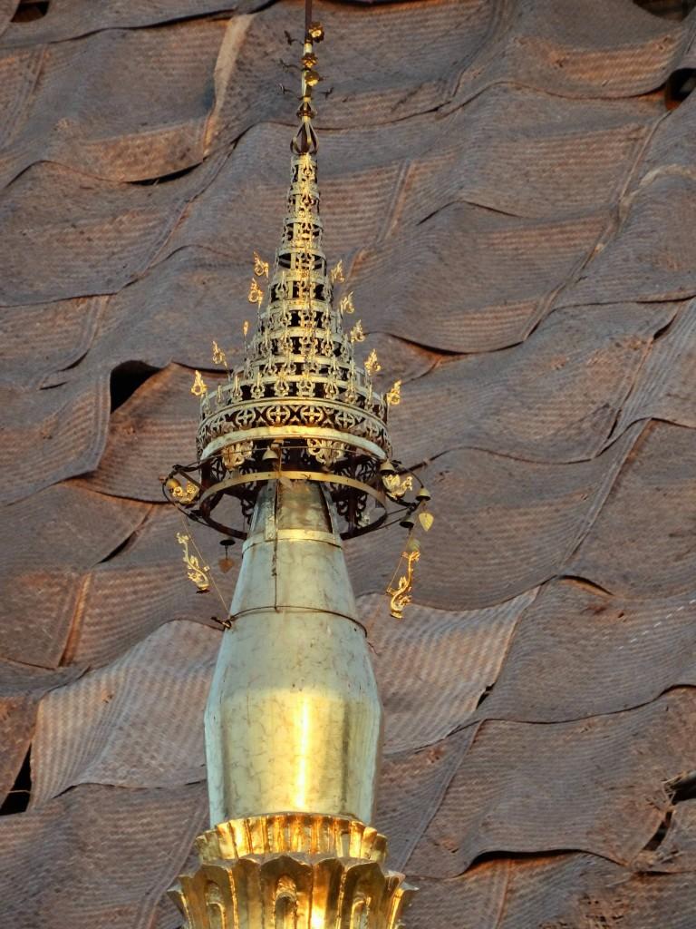 Der Legende nach ist die Shwedagon Pagode mehr als 2500 Jahre alt