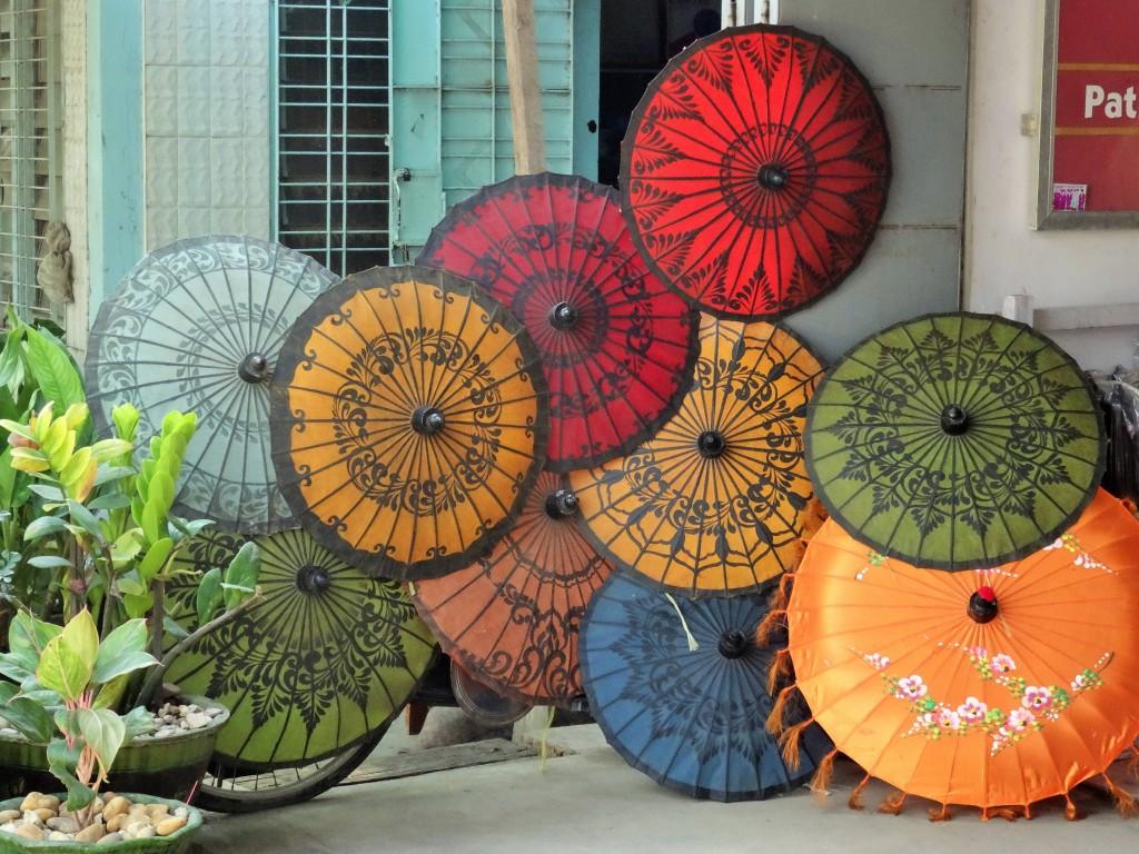 Mandalay ist bekannt für seine traditionelle Handwerkskunst
