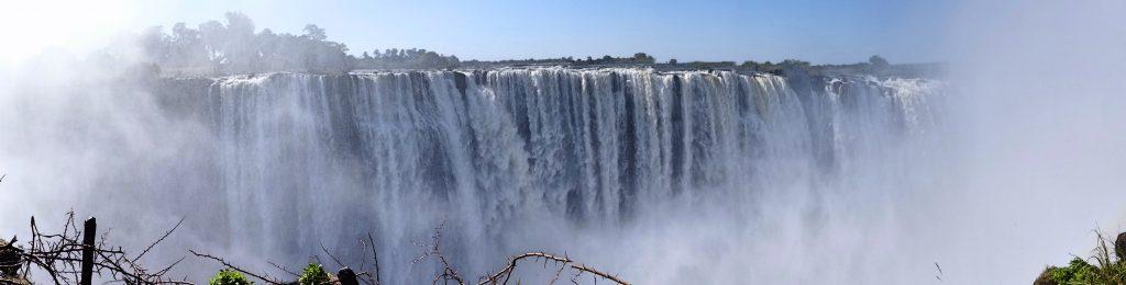 Victoria Falls in Zimbabwe - die grössten Wasserfälle Afrikas